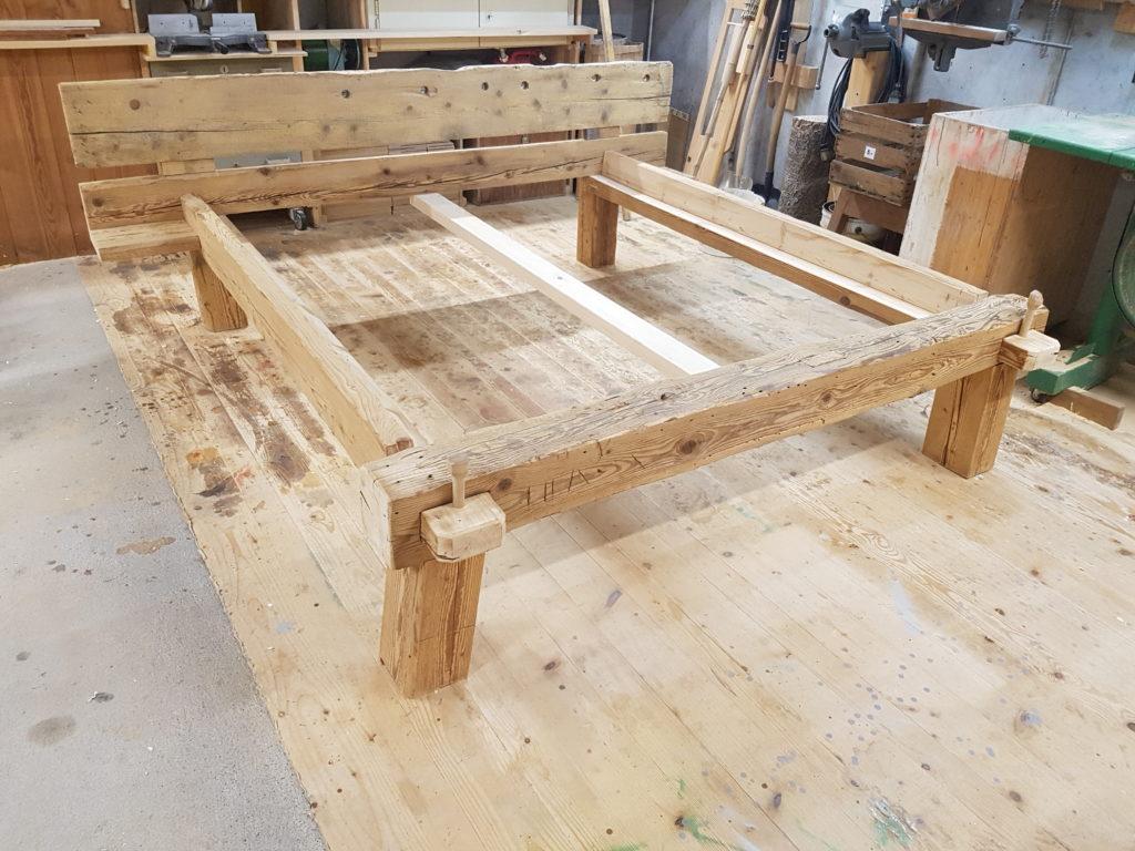 Holz Ueli Bett